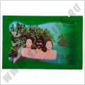 Черная маска для лица Шисейдо Shiseido Beauty Host - Очень эффективная очищающая маска изготовлена из высококачественного экстракта глубоководных морских водорослей и лечебной грязи. Глубоко очищает и сужает поры, избавляет от черных точек, угревой сыпи и акне. Обладает превосходными омолаживающими свойства